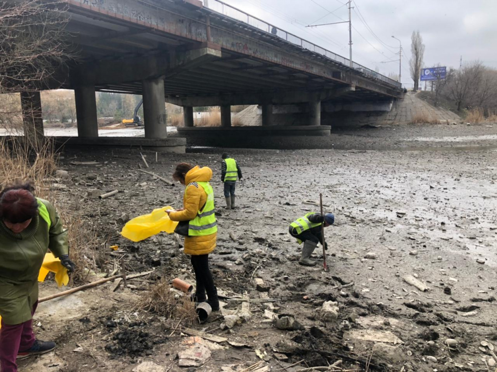 На Низовом водохранилище в СЖМ Ростова отремонтируют гидротехническое сооружение