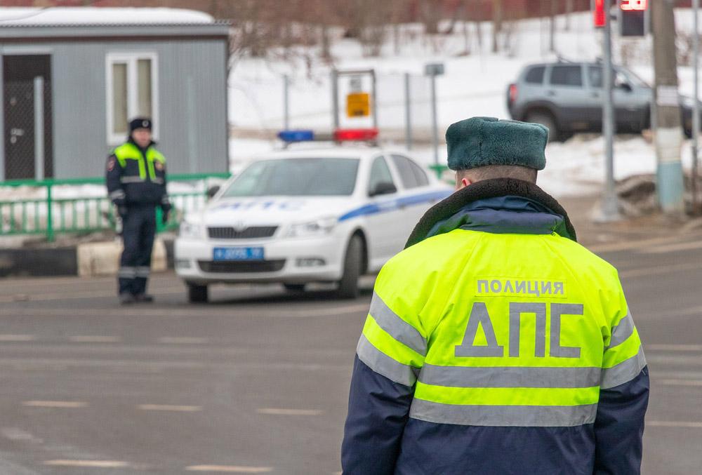 Донская полиция усилила контроль за водителями и пешеходами